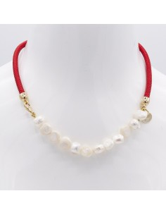 Nautical necklace with pearls