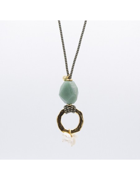 Facett stone and pearls necklace